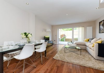 32-Biggin-Way-se19-24